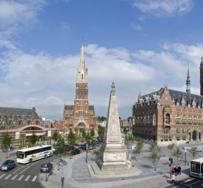 Grand Place d'Armentières - Adenior